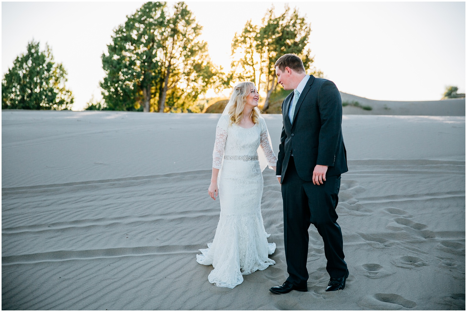 saint-anthony-sand-dunes-bridals-idaho-engagements-colorado-wyoming-wedding-photographer_0729.jpg