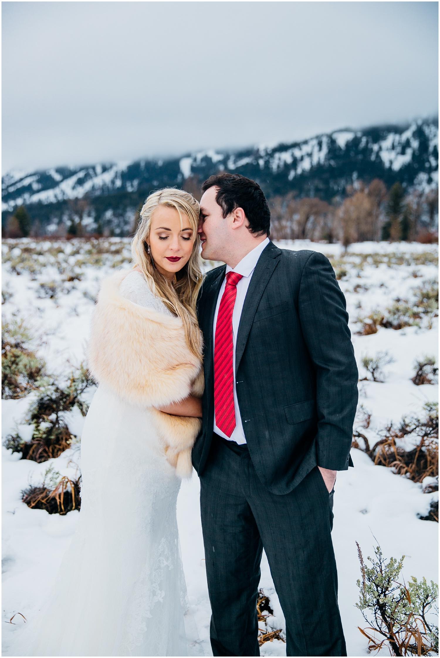 idaho-adventure-photographer-idaho-falls-engagements-wyoming-engagements-colorado-wyoming-wedding-photographer_1043.jpg