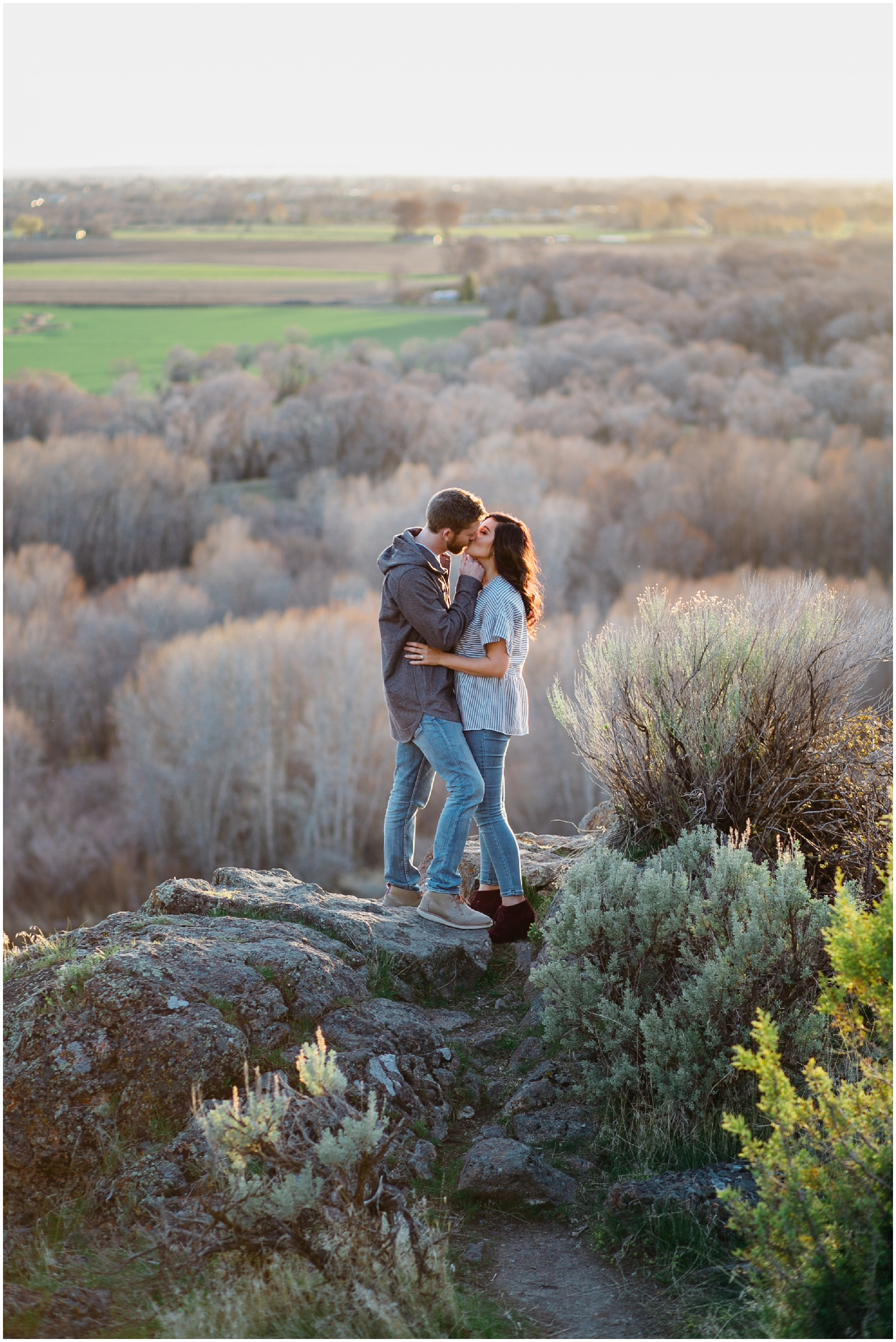 utah-wedding-photographer-idaho-falls-kelly-canyon-engagements_1217.jpg
