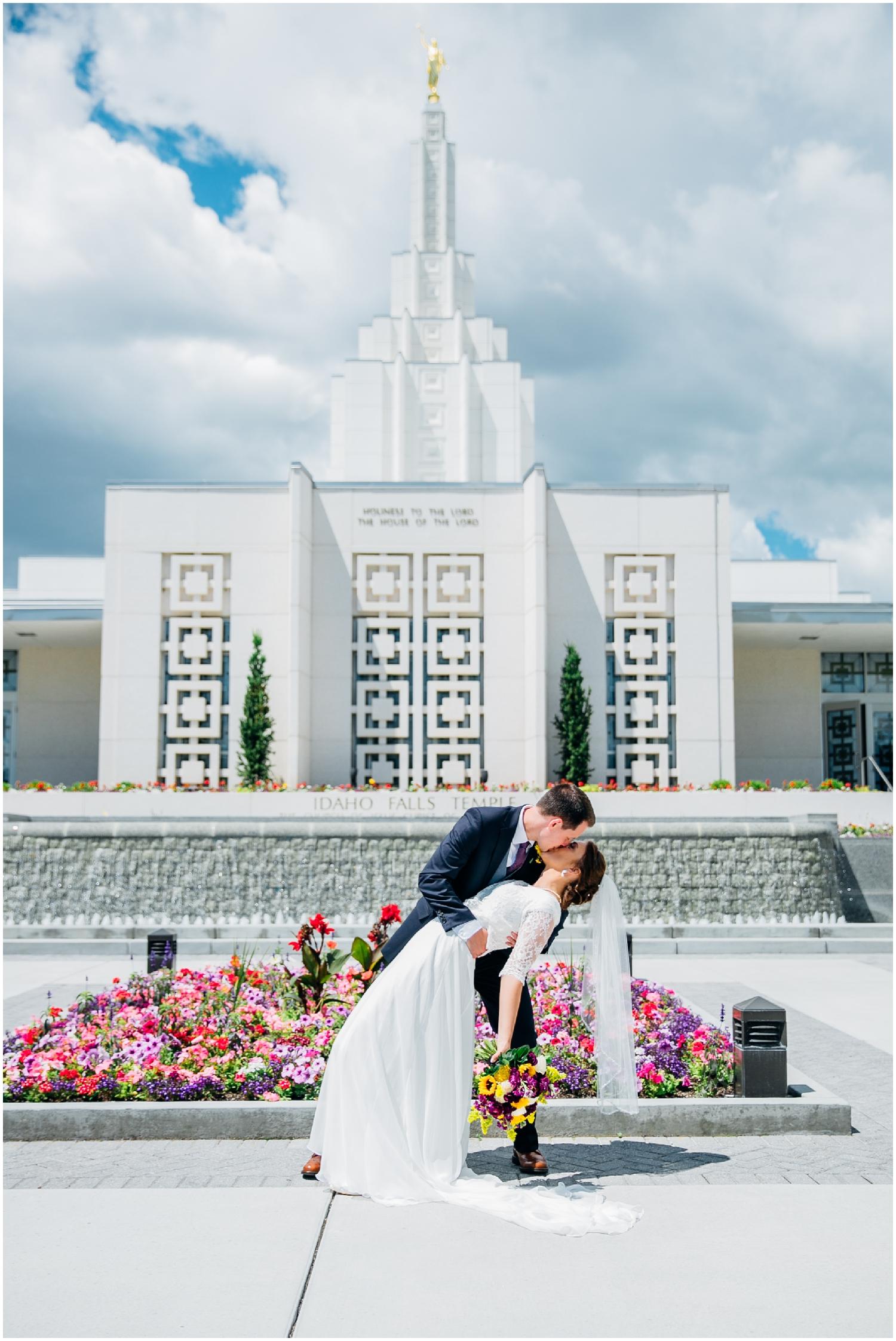 rexburg-wedding-photographer-idaho-falls-temple_1517.jpg