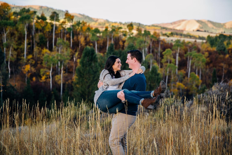 idaho-falls-mountain-engagements-rexburg-idaho-adventurous-wedding-photographer_1692.jpg