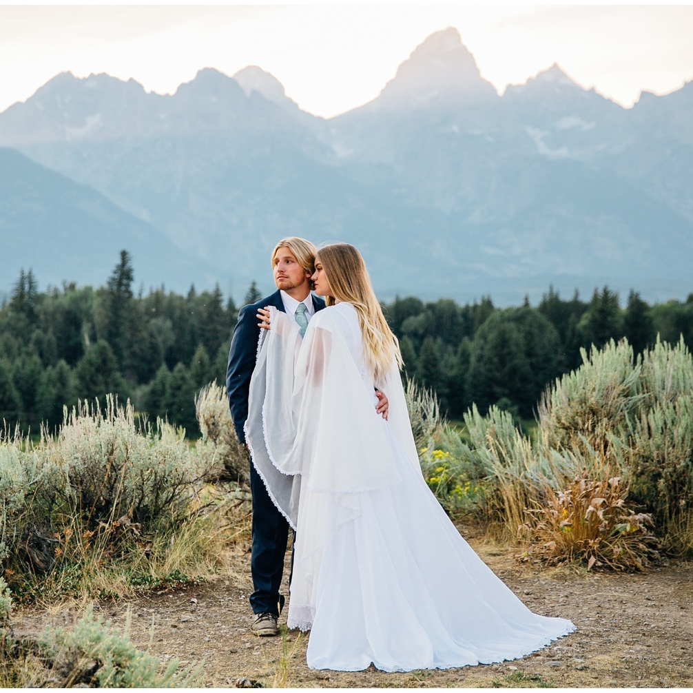 Grand-Teton-National-Park-Elopement-Intimate-Wedding-Elope-Mountains-Jackson-Wyoming-JayCee-Photography_1668.jpg