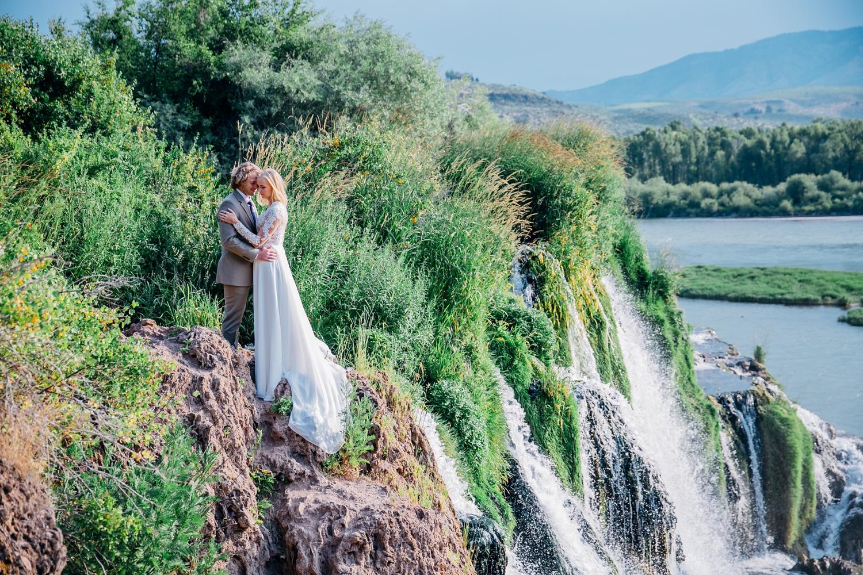 rexburg-wedding-photographer-idaho-falls-temple_1540.jpg