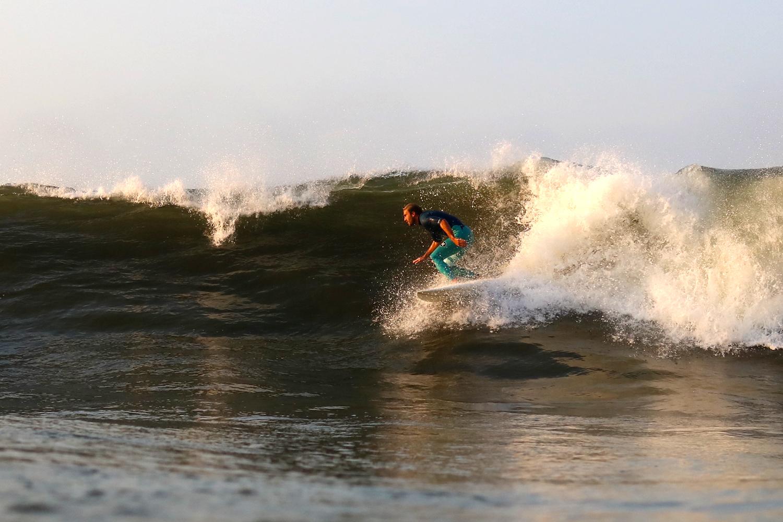 8-16-17 LB Surf 25.jpg