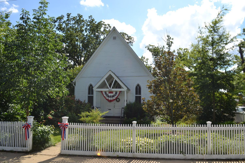 Barcroft House — Barcroft School & Civic League