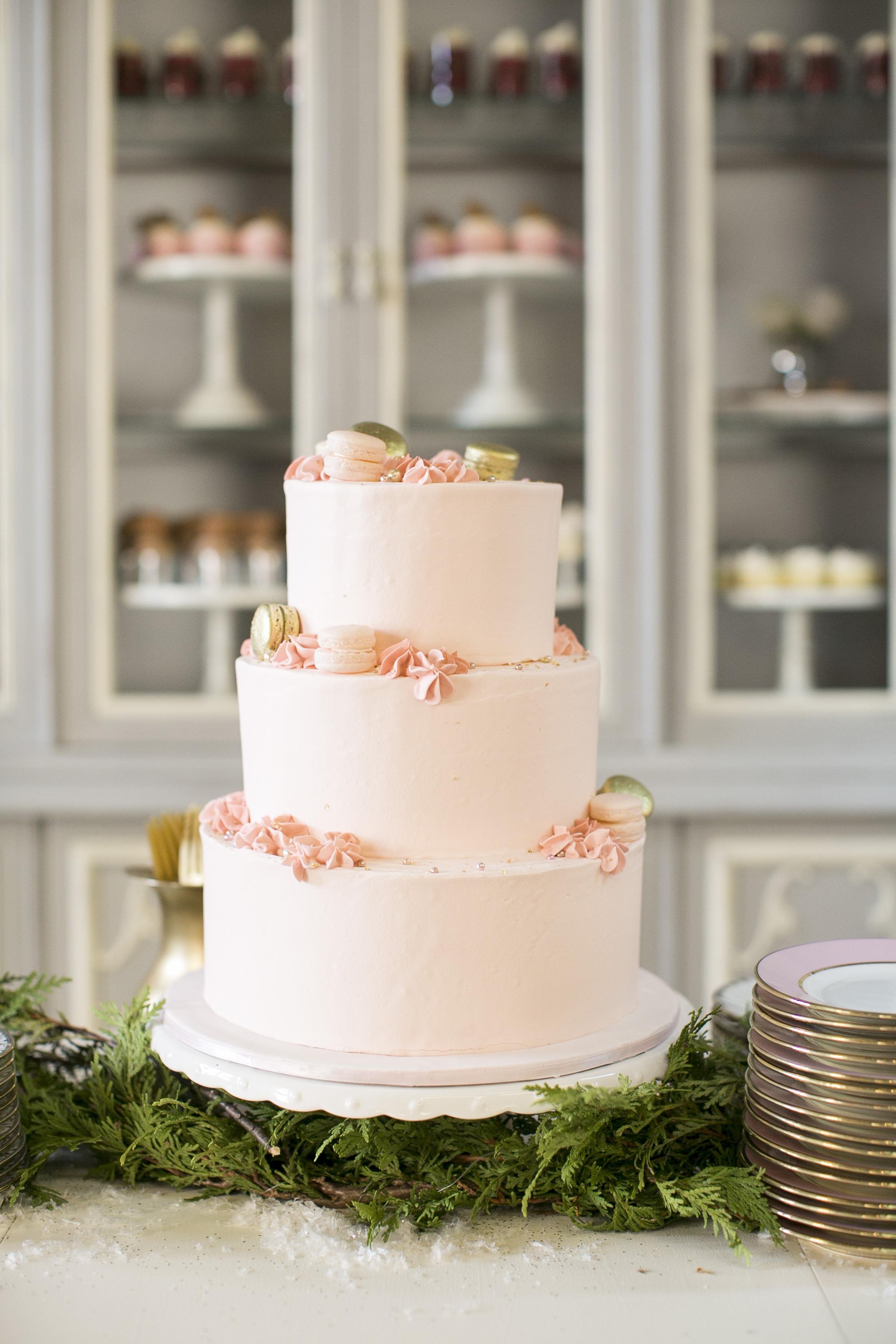 niagara-wedding-cakes-sweet-celebrations-custom-minimalistic-cakes-009.JPG