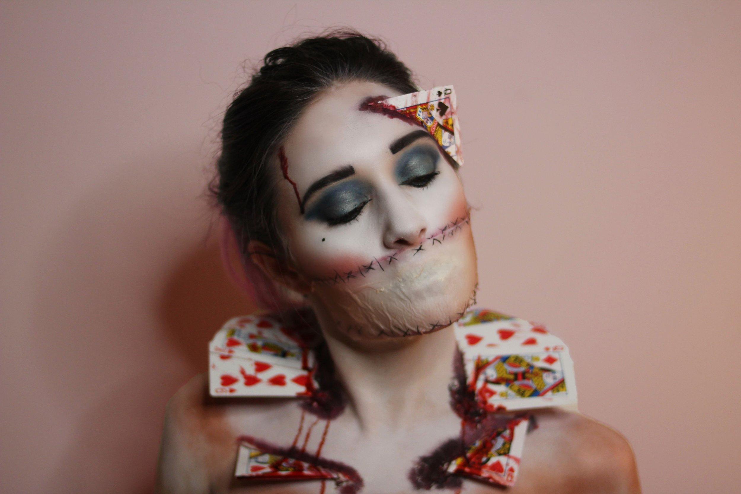 Model: Brooke Smith