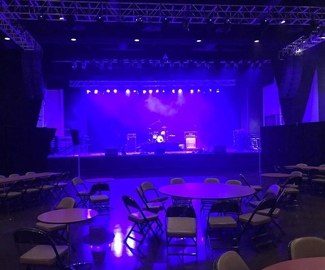 Rocking the main stage tonight at Kansas Crossing Casino. Come See us from 8-11PM!
