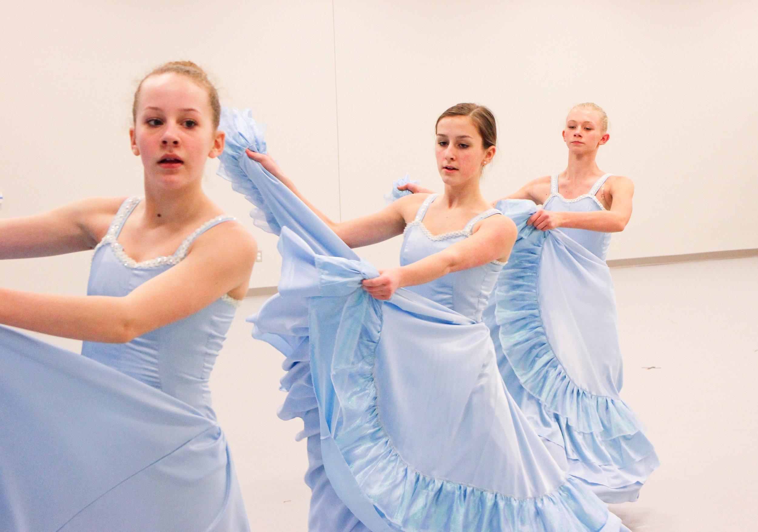 dance-230.jpg