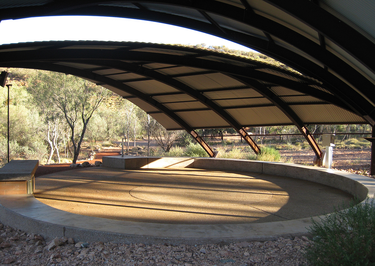 00_Susan Dugdale and Associates_Ormiston shelter and lookout.jpg