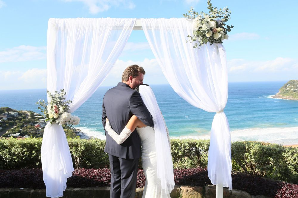 Jonah's_whale_beach_wedding