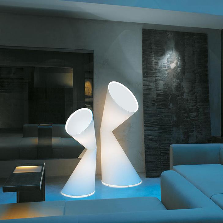 Helen-Kontouris-La-La-Lamp-05.jpg