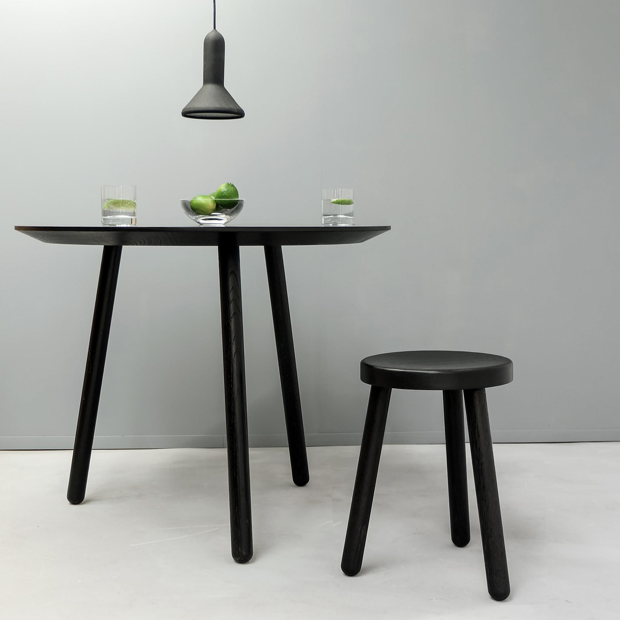 black_table_styled.jpg