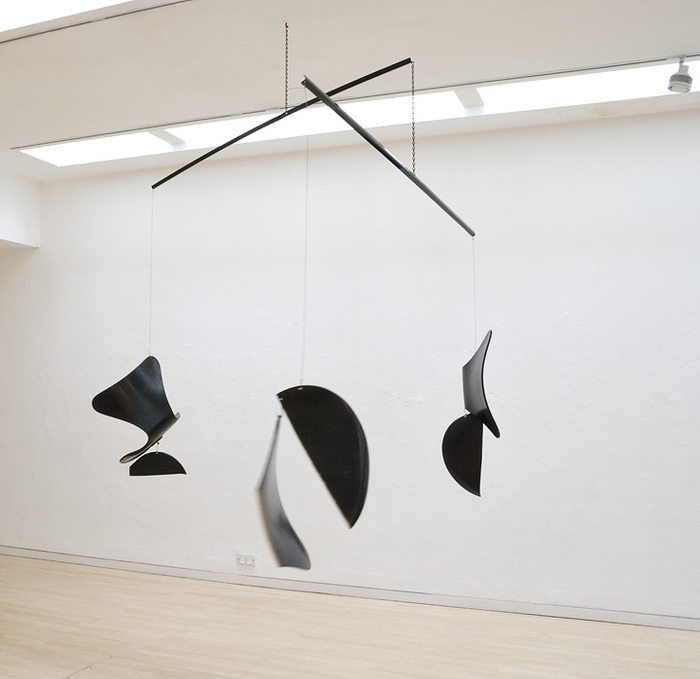 Martin Boyce, Mobile (For 1056 Endless Heights) . Installation view. Powder coated steel, chain, wire and Jacobsen Series 7 chair parts
