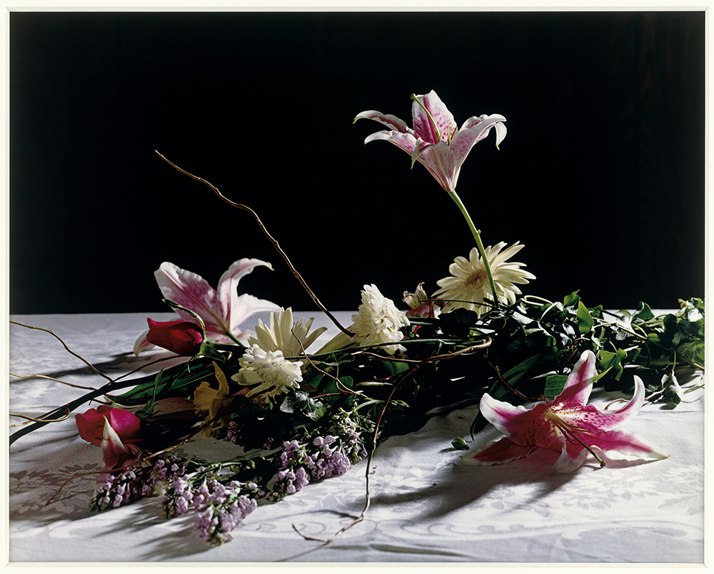 Christopher Williams ,  Bouquet for Bas Jan Ader and Christopher D'Arcangelo , 1991; Lorrin and Deane Wong Family Trust, Los Angeles / © Christopher Williams / Courtesy of the artist; David Zwirner, New York/London; and Galerie Gisela Capitain, Cologne.