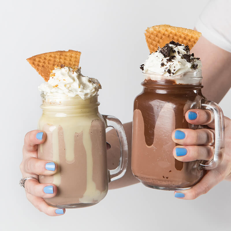 - If your day isn't fuelled by coffee alone, Gelare's selection of milkshakes, thickshakes and waffleshakes make a decadent refreshing treat.Their milkshakes are bold in flavour and naturally sweetened with your choice of ice cream, designed to create a taste explosion.All Geláre milkshakes are prepared while you wait and they don't use pre-made products or syrups