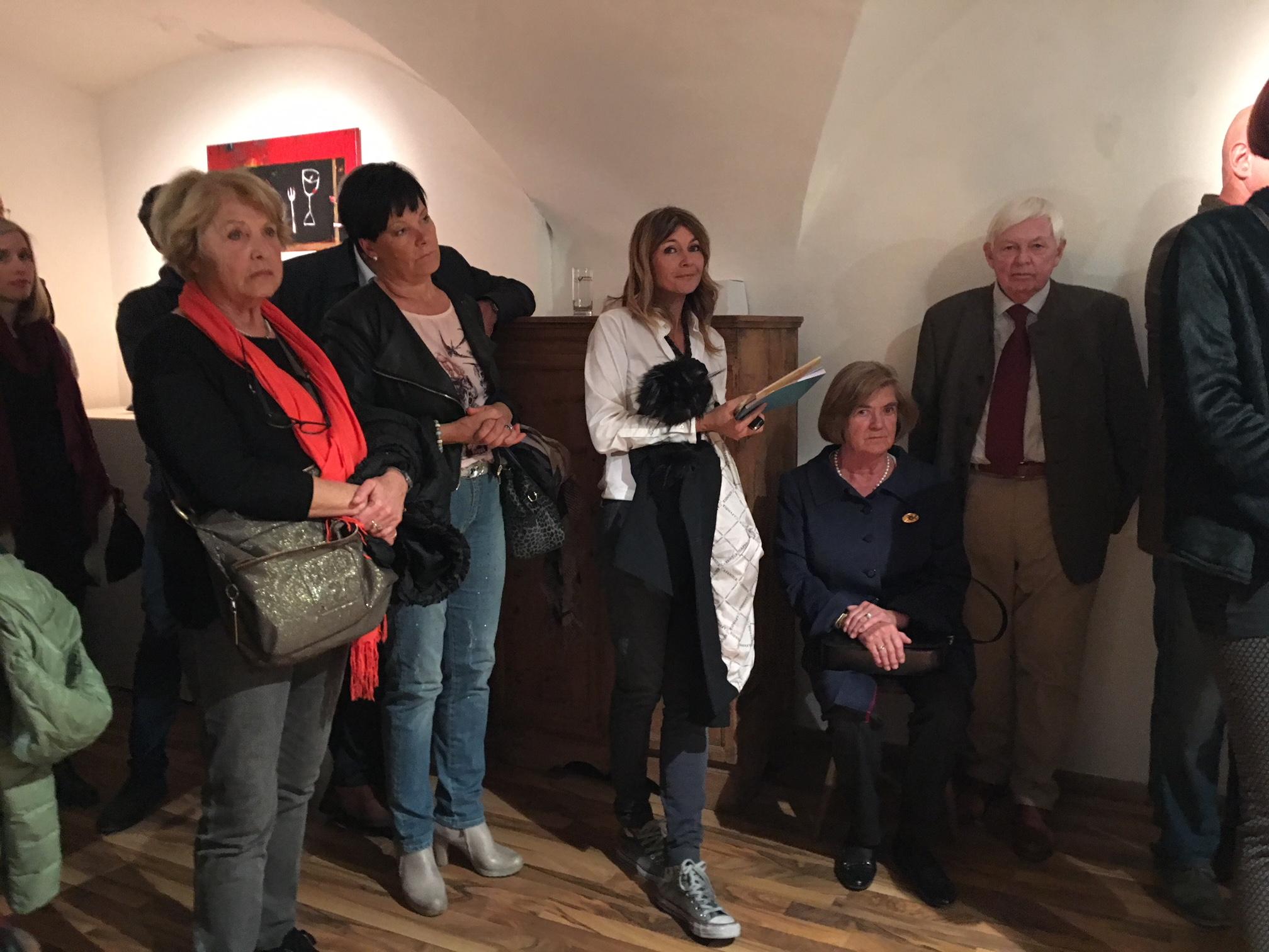 Karin Haller, Giuliana Marchetti