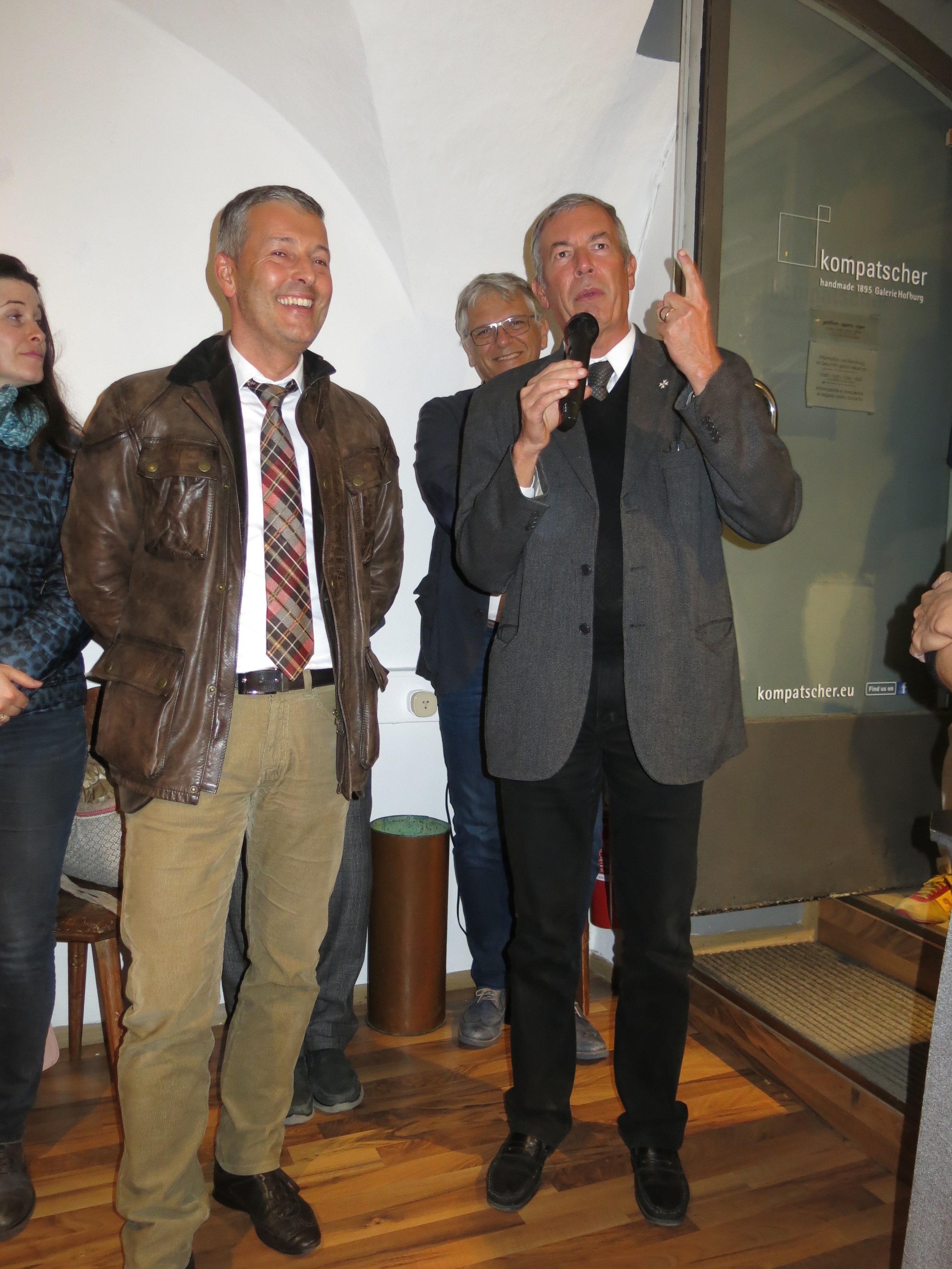 Don Paolo Renner, Bürgermeister Peter Brunner