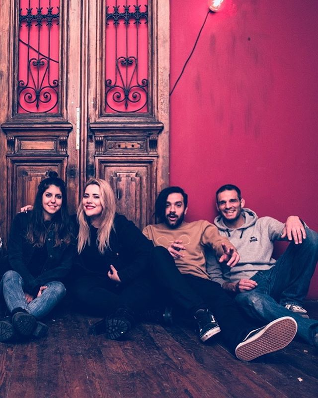 The team 💗 . . Thanks to @c.alossi for the click . . #projectuncut #electronicmusic #pop #music #originalmusic #kaleidoscope