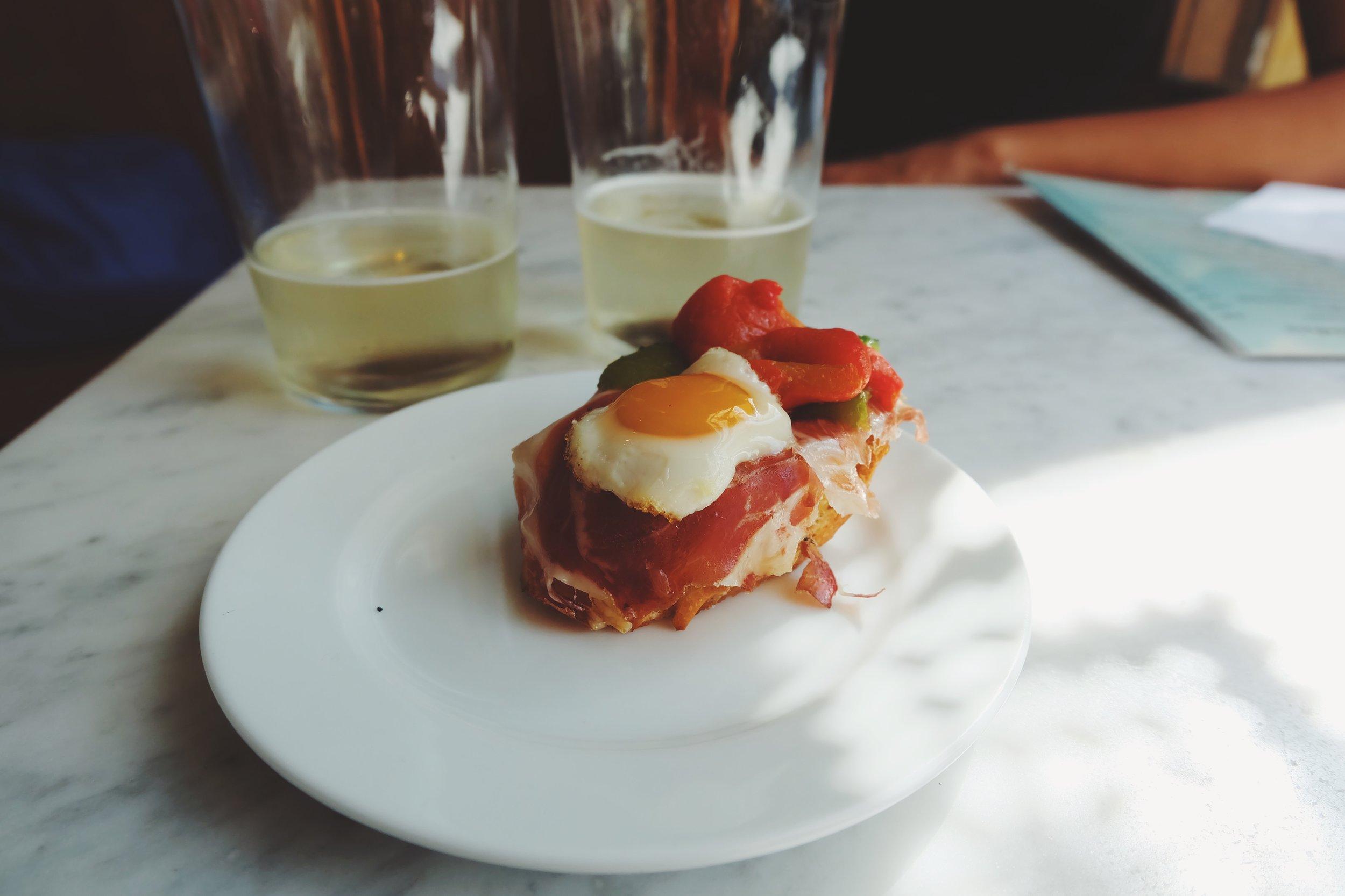 Egg and Jamon