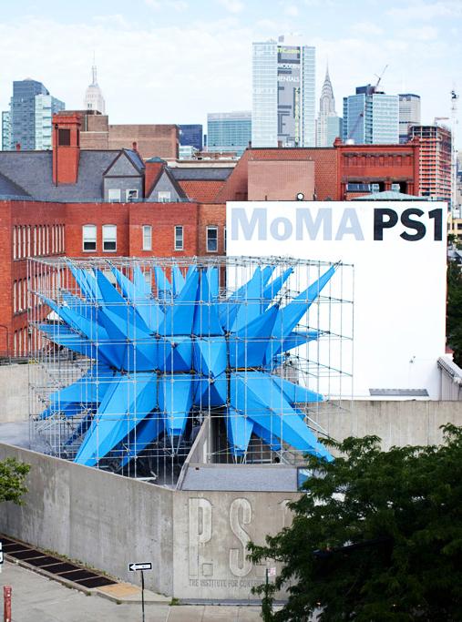 5ème jour - Nous sortons de Manhattan (et nous rapprochons de l'aéroport, pour ceux qui rentrent ce jour-là) pour visiter le PS1 dans le Queens, l'une des institutions d'art contemporain à but non lucratif les plus anciennes et les plus importantes des États-Unis et le Noguchi Museum à Long Island City, musée conçu comme une sculpture à ciel ouvert par le fameux architecte, designer et sculpteur Isamu Noguchi et considéré en soi comme l'un des plus grands travaux de l'artiste.