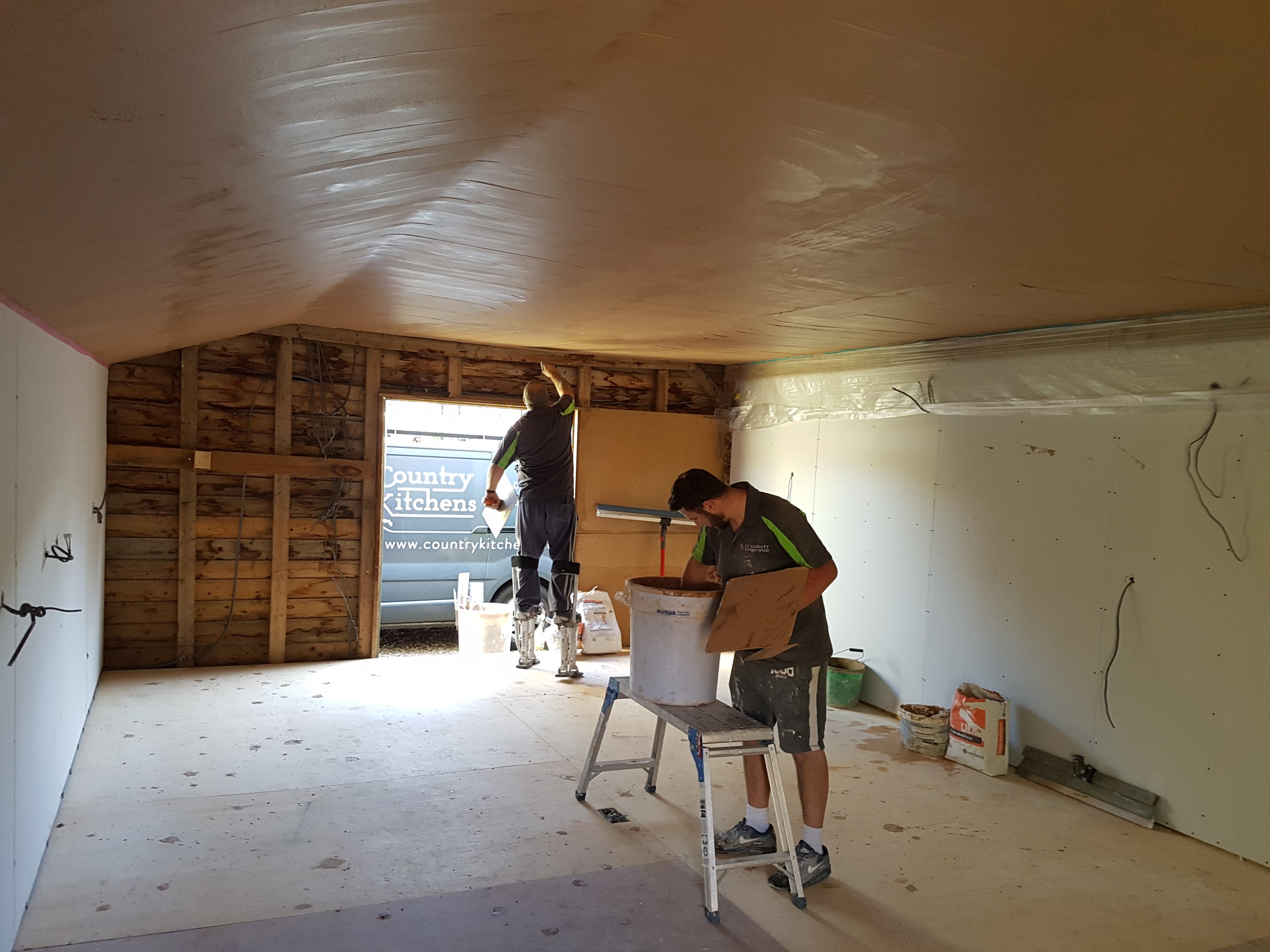 Pic of roof being plastered.jpg