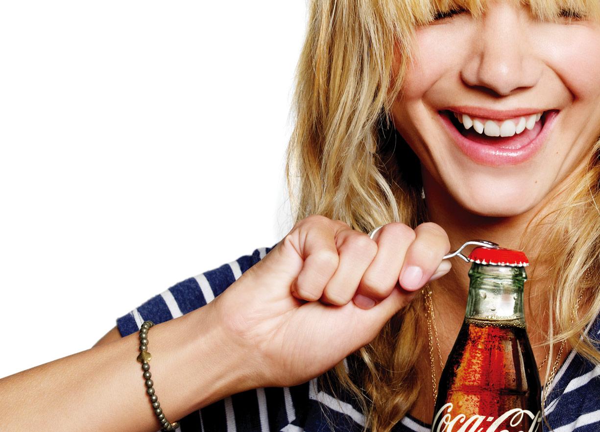 Coke_Woman_Drink01.jpg
