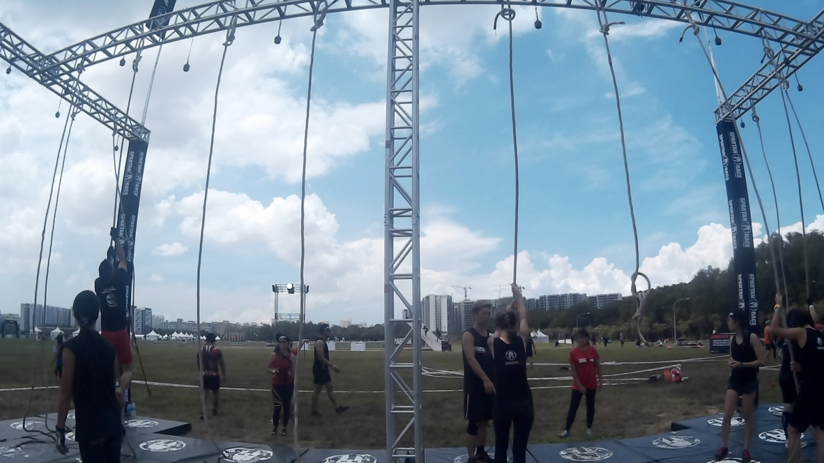 Even if you know the technique to do this, doing it with a wet grip from the previous obstacle makes it frustrating.