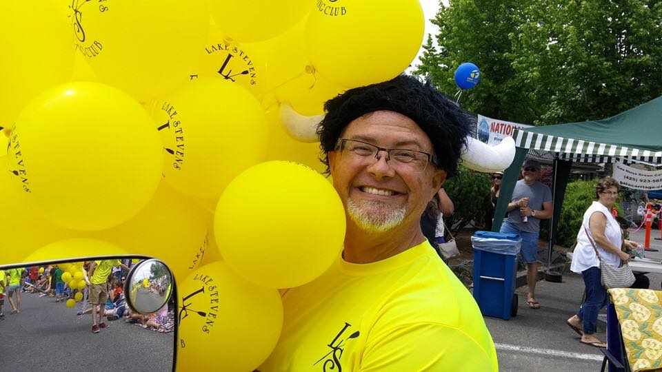Jim baloons.jpg
