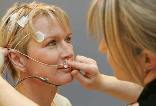 Video EEG-døgnmonitorering - EEG kombineret med video bruges til at fastlægge, hvilken type epilepsi, patienten har og stille en diagnose.