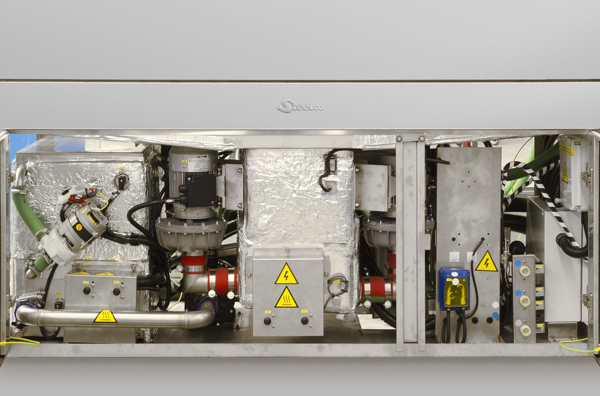 AC 1300 hydraulics.jpg
