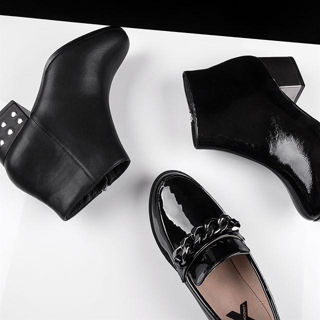 #creative #flatlays  #womenswear #shoes . . . . . . . . . #photography #ecommerce #fashion #womenswear #menswear #fashionphotographer #clothing #fashionshoot #fashiongram #instaphoto #picoftheday #photooftheday #marketing #wanderlust #ecom #website #photo #photodaily #love #instagood #happy