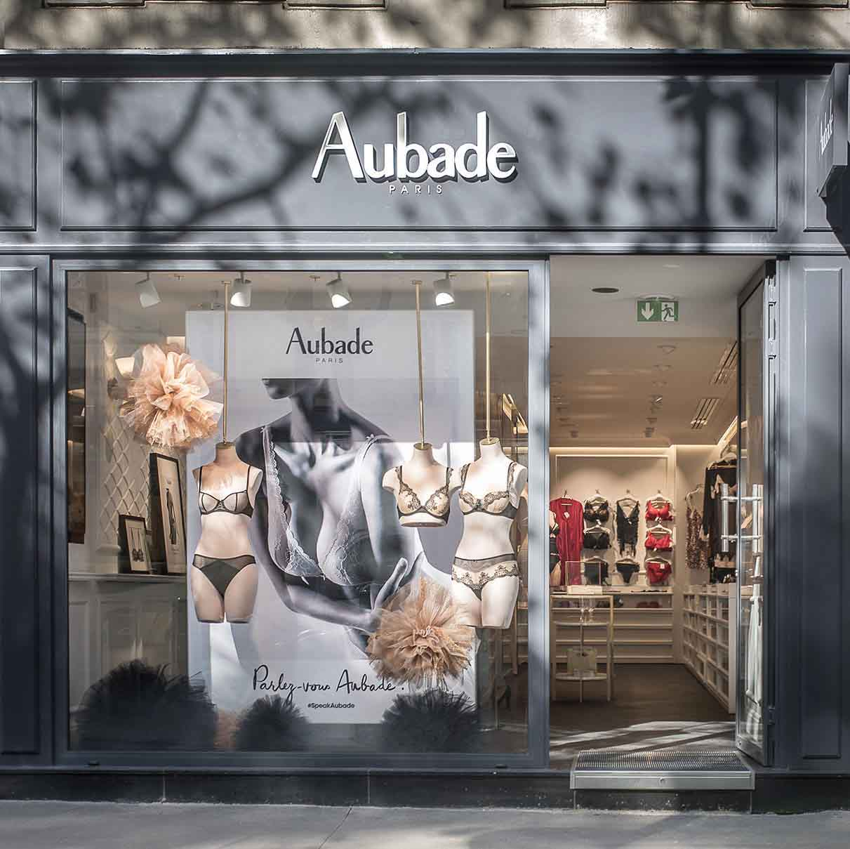 Aubade, Paris