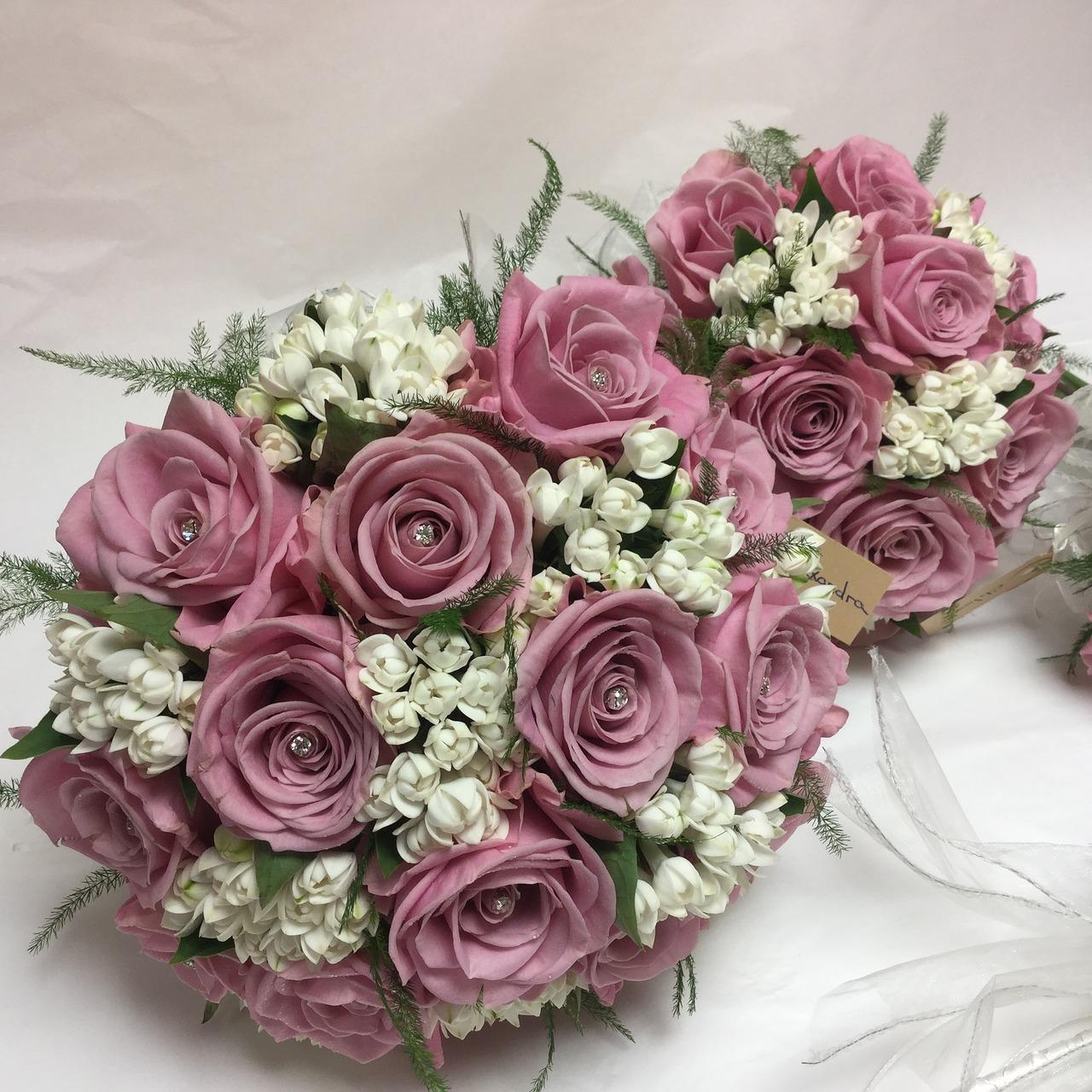 bouquet-1281009_1280.jpg