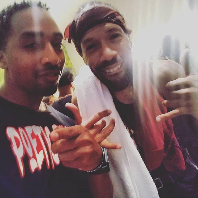Me and the big bro @redmangilla. My Jersey affiliation is strong!! And I appreciate all the guidance I get from all the big bros! @doitalldu @lordjazzlotug @treachtribe @mrcream9588 @djcondog @supaears @fmj_collections @joshgannet @kywill211 @riq_050 @trilla050 @prince_ak_050 @tobiastruvillion always a blessing linking up!!! #realhiphop #citytocity #newarkhiphop #newark #basiqblaq #redmanandmethodman #spiritfestival #grinding #nodaysoff #baltimorehiphop #poeticruckus