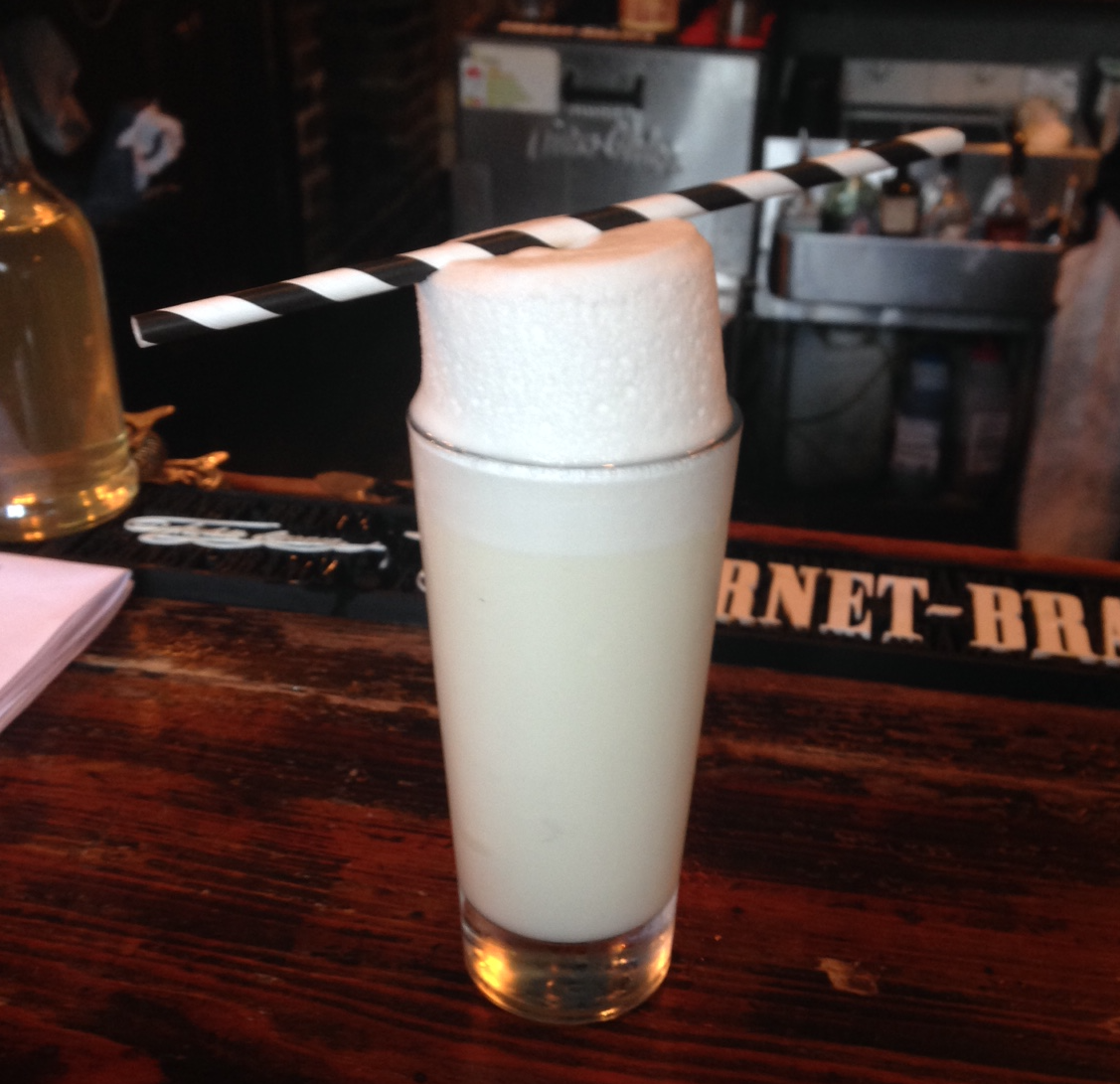 Gin fizz from Bar Tonique