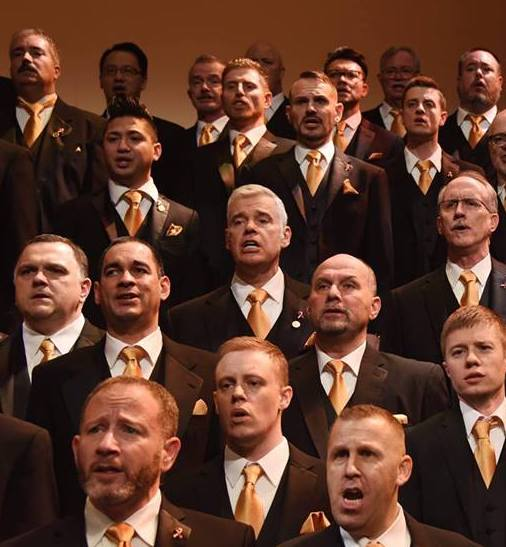 Daryl Curry (center) with Turtle Creek Chorale