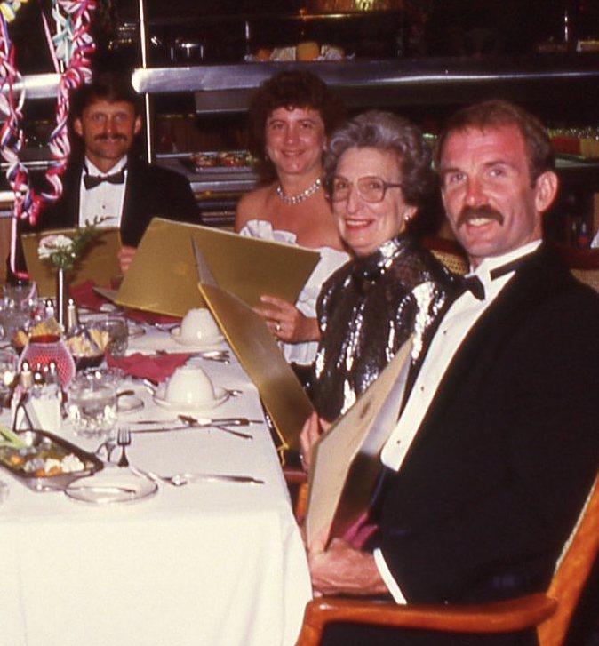 Terry ... Linda Mitchell ... Jean ... Bill