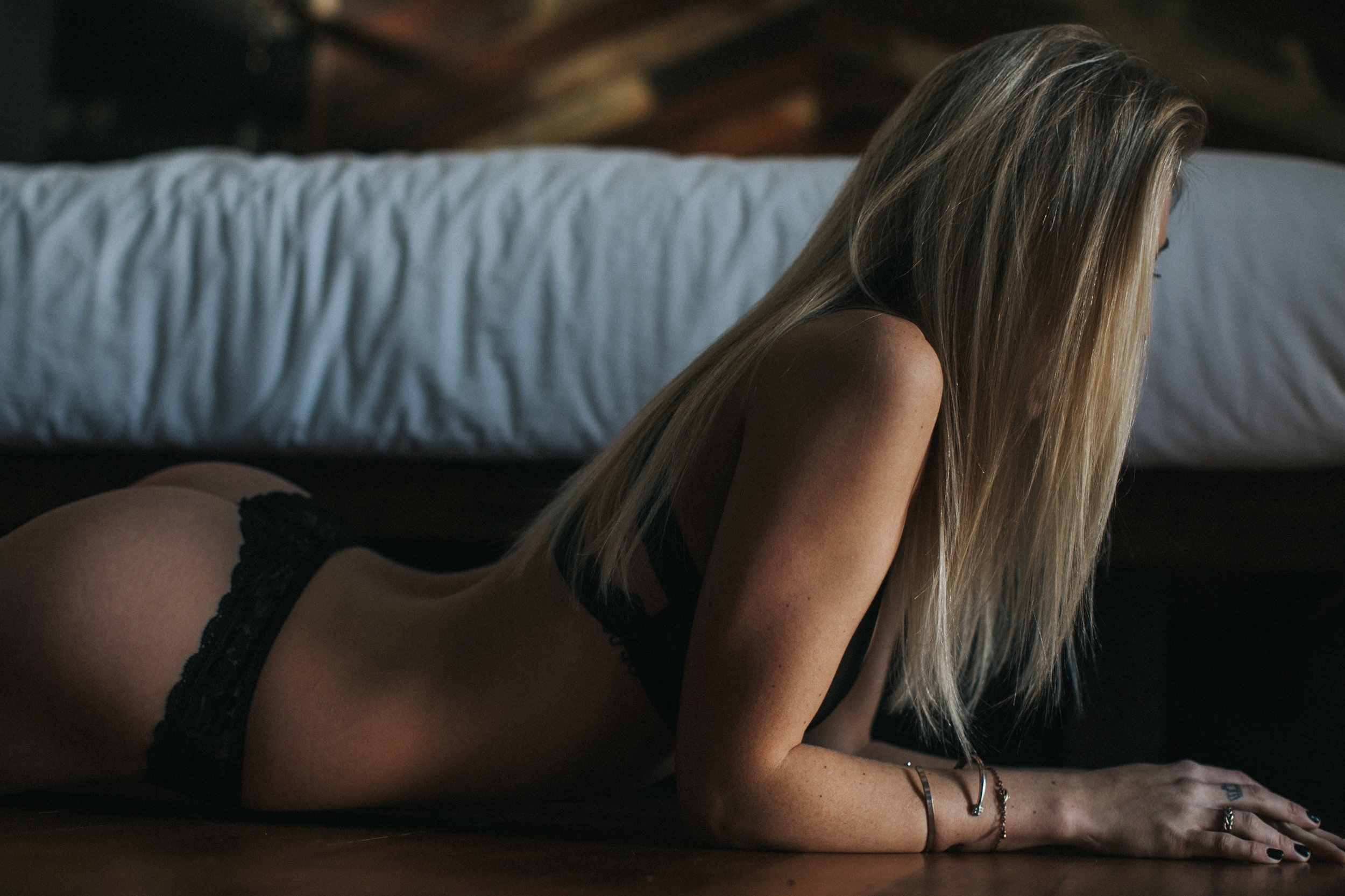 boudoir+photographer+Seattle+Portland+studio