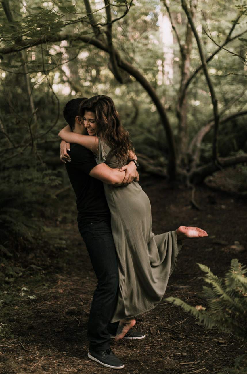 Snoqualmie Falls Engagement Photos - Portland Oregon Wedding and Elopement Photographer