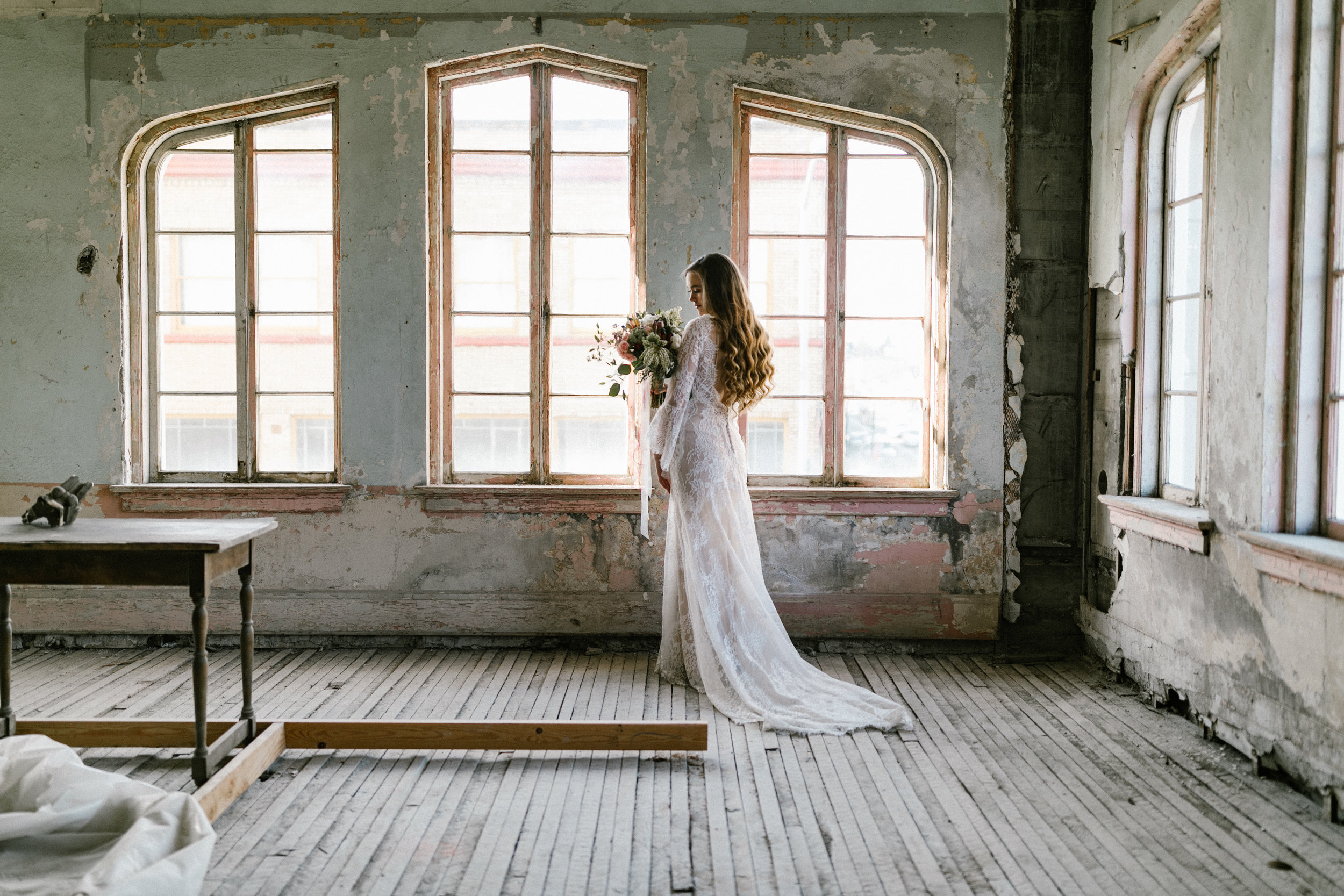 The Ruins at the Astor Wedding - Portland Oregon Wedding and Elopement Photographer