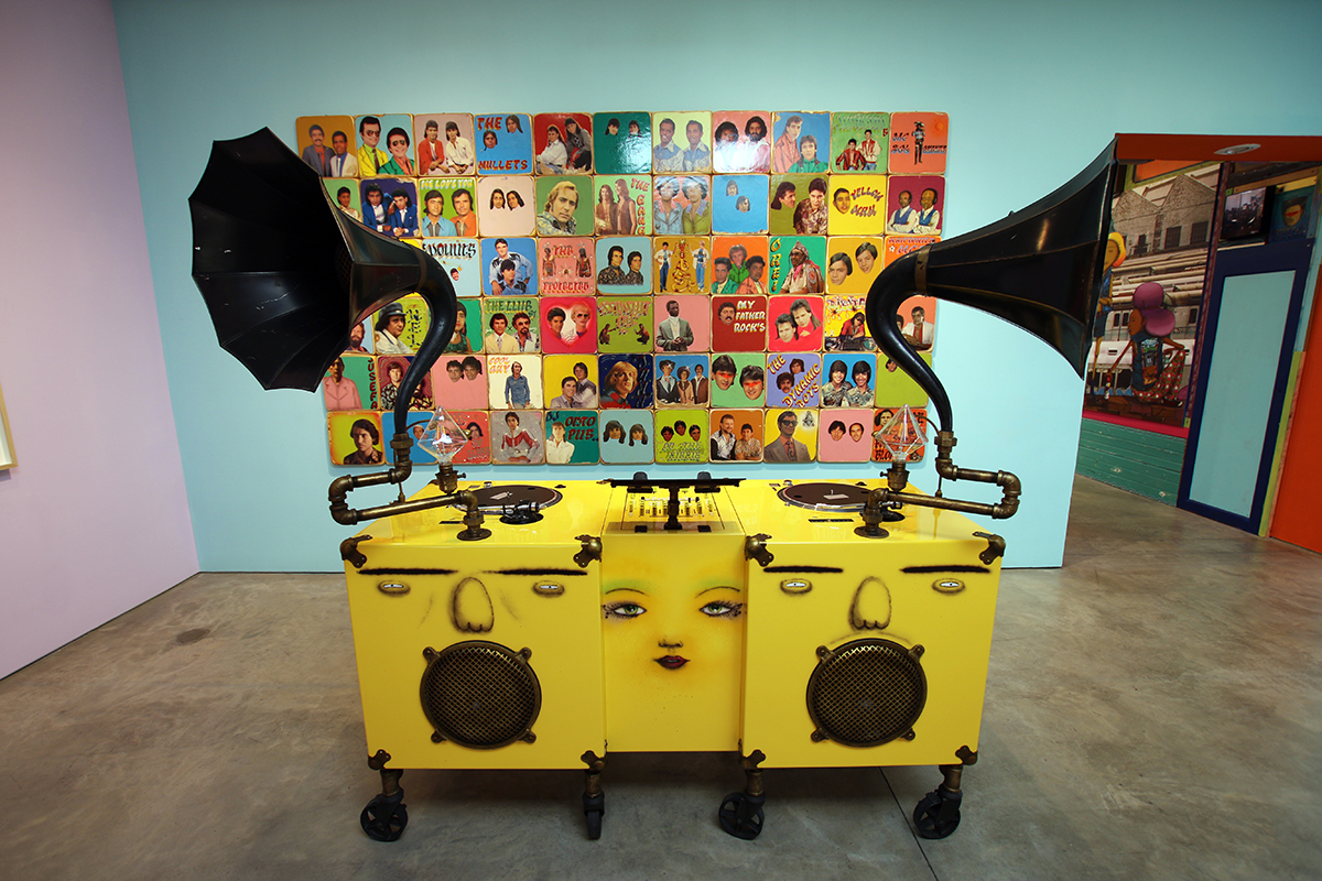 OSGEMEOS-Silence-of-the-Music-7.jpg