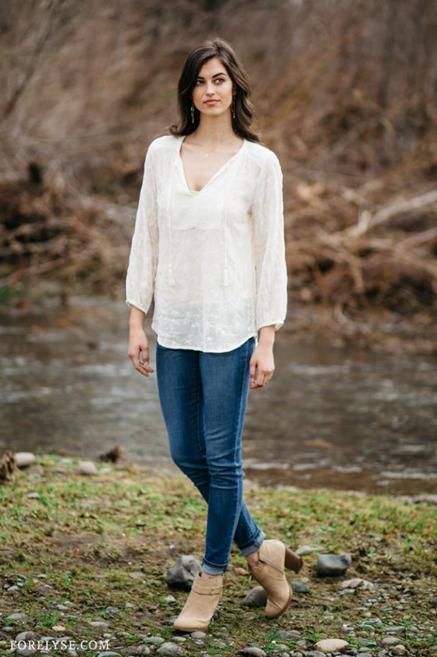 Ivory Garden Top  & The Candace Skinny  ($54.99)