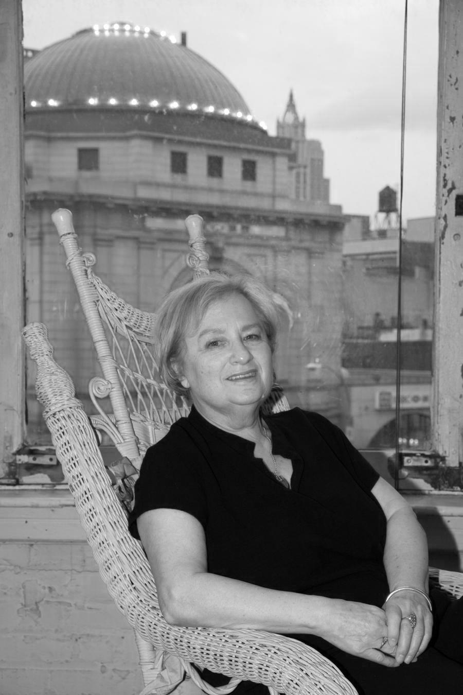 Loretta Dunkleman Artist Photo-page-001.jpg
