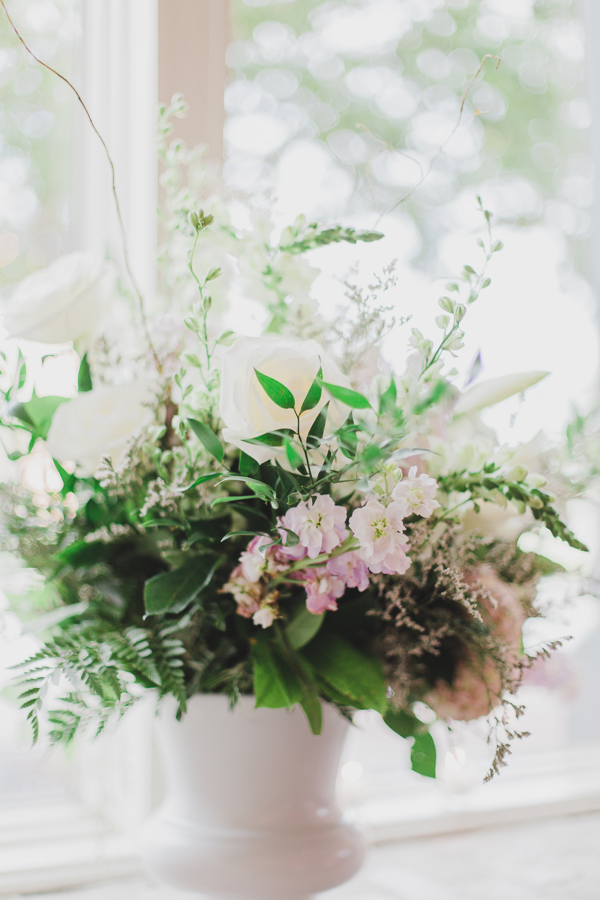 Fiore of Pensacola wedding flowers in 5eleven downtown pensacola