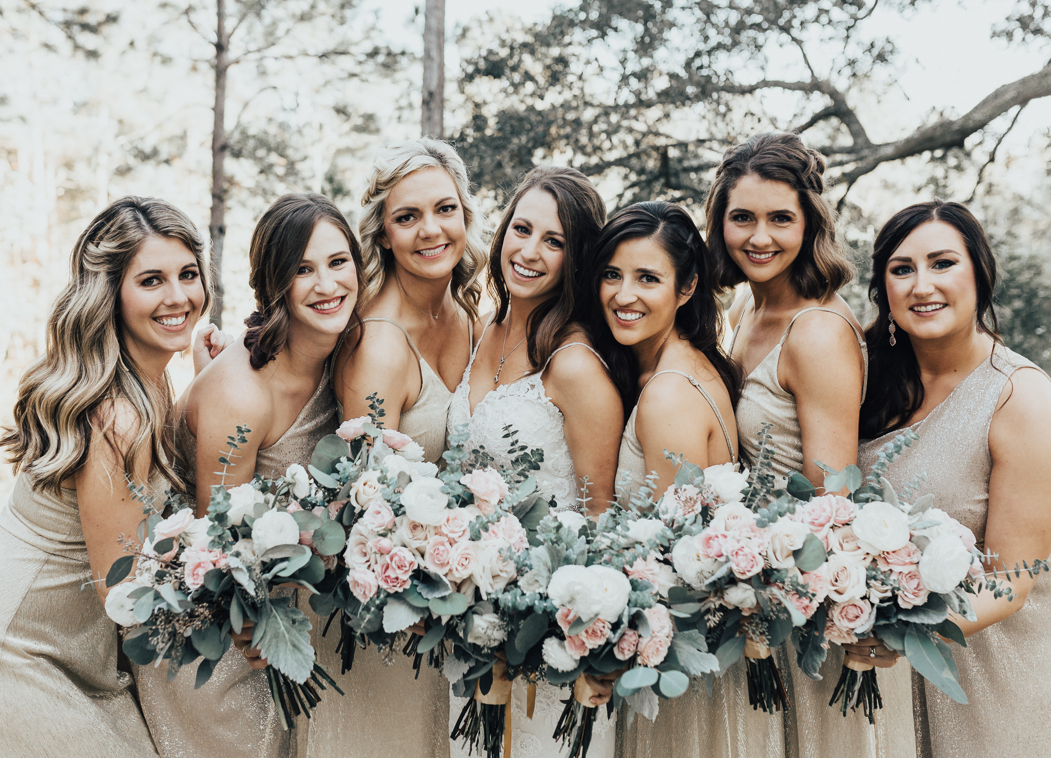fire of pensacola wedding bouquets and gold lulus bridesmaid dresses at live oak plantation