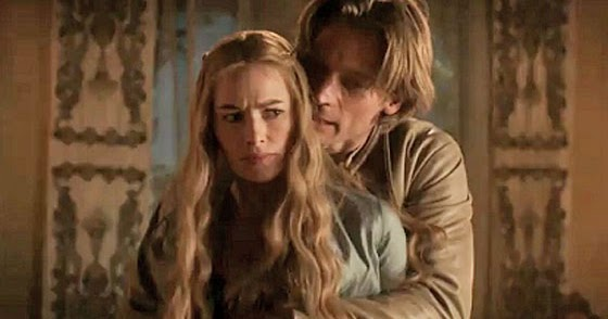 Cersei - what are you doing back there? Jaime - Guuurlll I'm tryin' to slay that Queen.