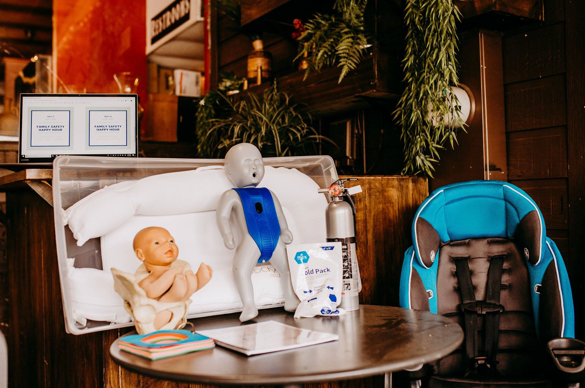 Infant CPR + Car Seat Tips + Baby Proofing + Infant Safety   UPCOMING FORT WORTH DATES    AUG 10 - SEPT 14 - OCT. 12