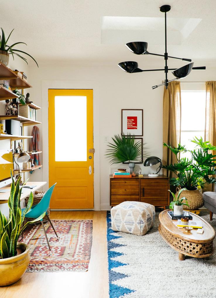 Small_Living_Room_01.jpg