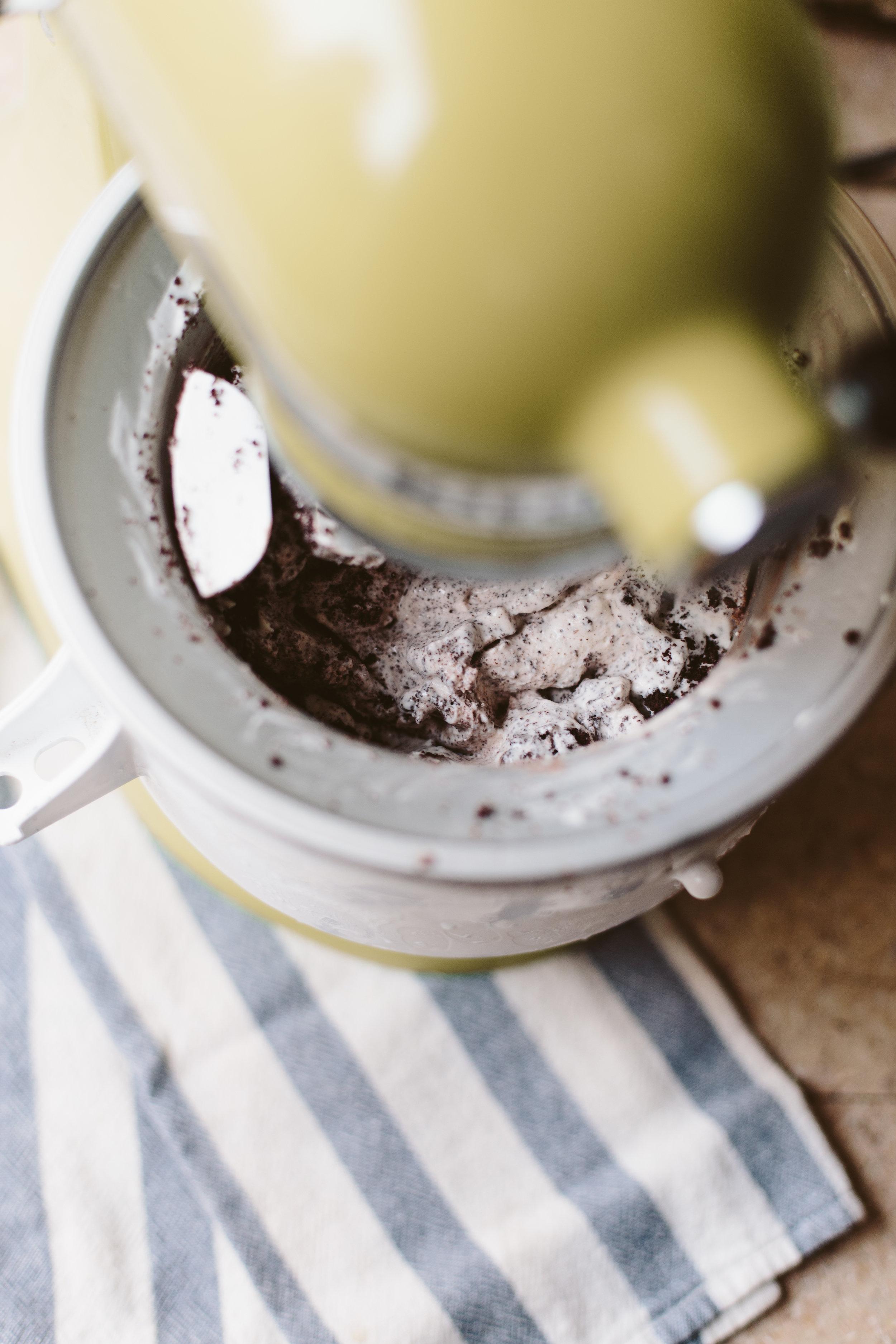 Keto Cookies + Cream Ice Cream-3.jpg